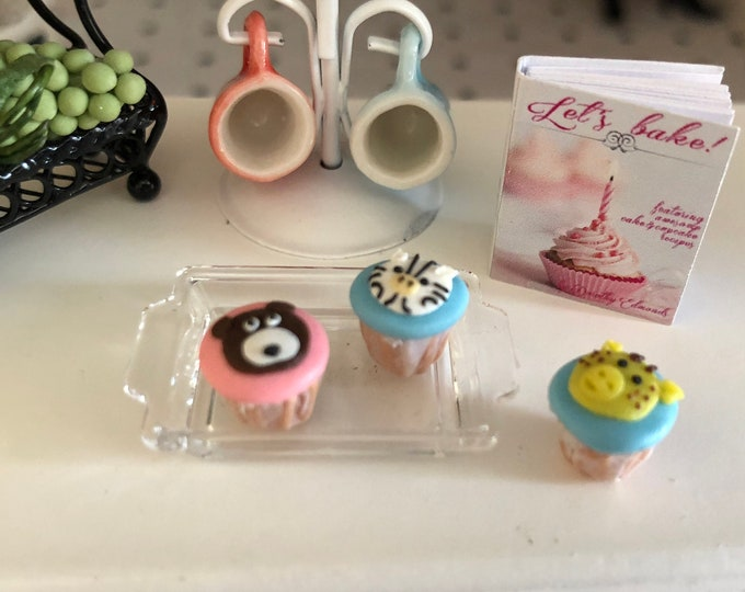 Miniature Cupcakes, Animal Cupcakes, Style 1, Set of 3, Bear, Zebra, Giraffe Cupcakes, Dollhouse Miniatures, 1:12 Scale, Dollhouse Food