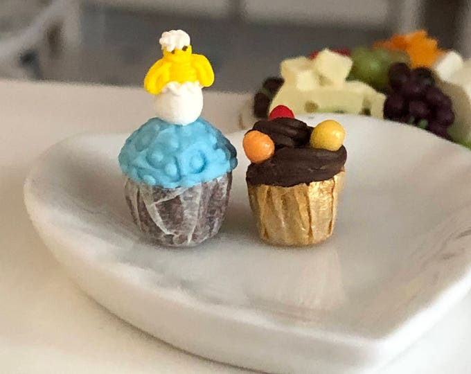 Miniature Easter Cupcakes, Set of 2, Dollhouse Miniature, 1:12 Scale, Miniature Food, Mini Holiday Cupcake, Dollhouse Decor, Accessory