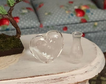 Miniature Glass Vases, Glass Heart and Bud Vase Set, Dollhouse Miniatures, 1:12 Scale, Dollhouse Accessory, Decor, Crafts