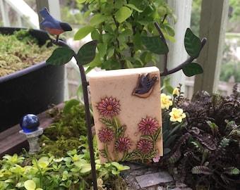 Mini Robin Garden Flag with Post, Mini Sign, Metal Holder, Fairy Garden Accessory, Miniature Garden Decoration, Post and Flag Set