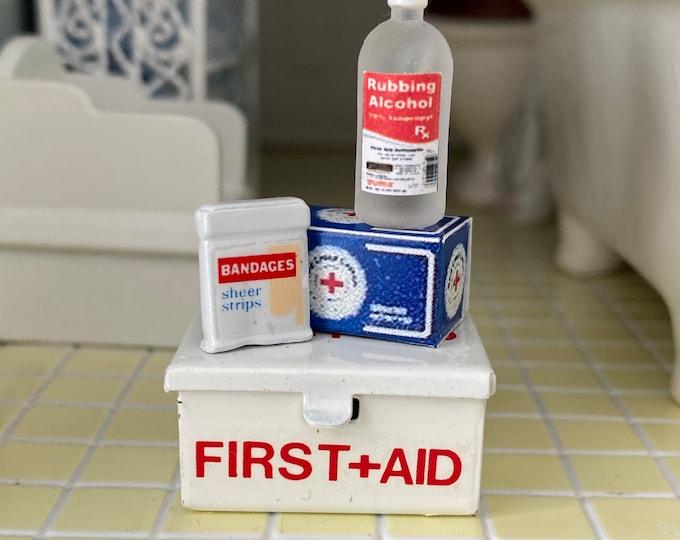 Miniature First Aid Kit, 4 Piece Set, Mini Medicine, Dollhouse Miniatures, 1:12 Scale, Dollhouse Decor, Accessories, 1 Inch Scale Minis