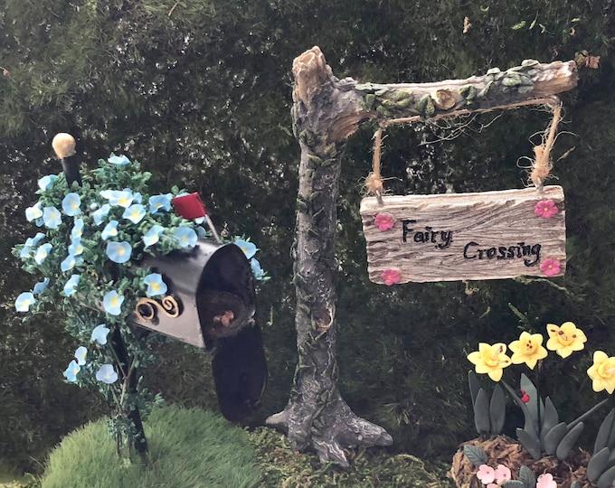 Miniature Sign, Garden Pick, Tree Fairy Crossing Sign, Mini Sign on Tree Branch, Fairy Garden Accessory, Home & Garden Decor, Mini Gardening