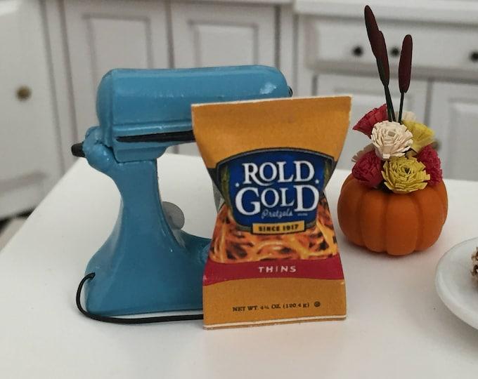 Miniature Pretzels, Pretzel Bag,  Dollhouse Miniature, Miniature Food, Dollhouse Accessory, Crafts, Decor, Mini Snack Food