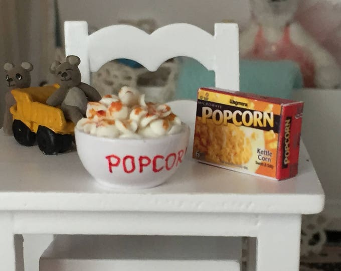 Miniature Popcorn Set, Bowl of Popcorn and Popcorn Box, Dollhouse Miniatures, 1:12 Scale, Mini Food, Dollhouse Food, Popcorn Bowl