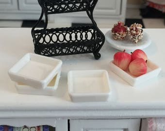 Miniature White Square Plates, Set of 4, Dollhouse Miniatures, 1:12 Scale, Dollhouse Dishes, Plates, Dollhouse Accessory, Crafts