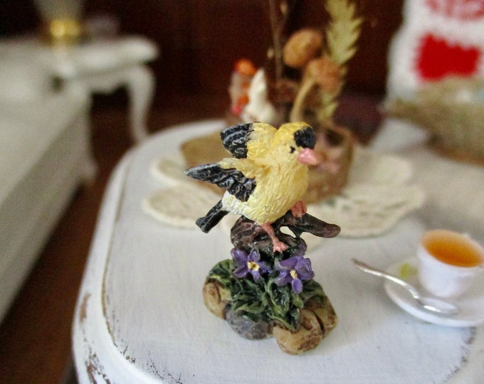 Miniature Bird Figurine, Hand Painted Goldfinch Bird Figurine Statuette, Style #10, Dollhouse Miniature, 1:12 Scale, Mini Bird