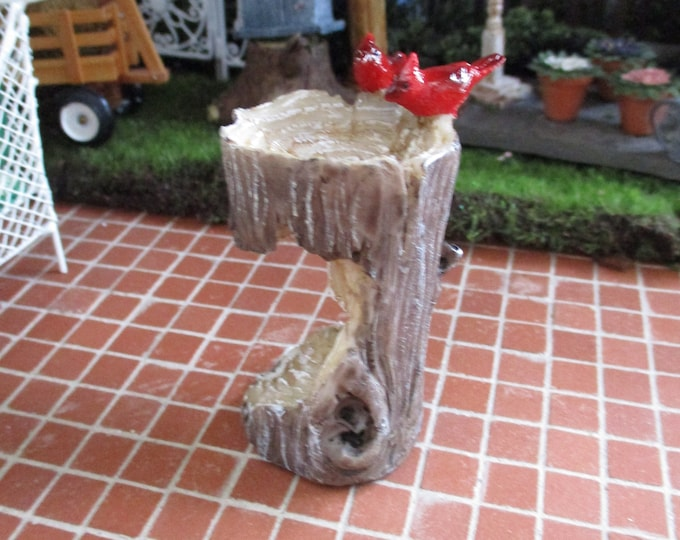 Mini Birdbath, Mini Stump With Cardinals Bird Bath Figurine, Fairy Garden Figurine, Miniature Garden Home Decor