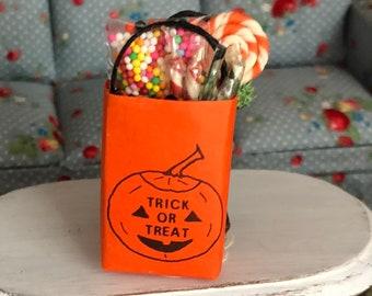 Miniature Halloween Bag,  Filled Mini Bag With Pumpkin, Trick or Treat Bag, Dollhouse Miniature, 1:12 Scale, Halloween Decor