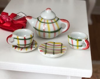 Miniature Tea Set, Plaid Painted Ceramic 6 Piece Mini Tea Set, Dollhouse Miniature, 1:12 Scale, Dollhouse Accessory, Decor, Mini Cups