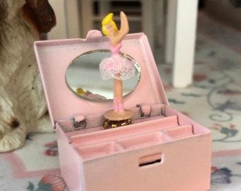 Miniature Ballerina Jewelry Box, Dollhouse Miniature, 1:12 Scale, Dollhouse Accessory, Decor, Mini Pink Ballet Jewelry Box