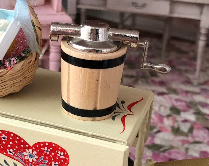 Miniature Ice Cream Maker, With Metal Handle, Dollhouse Miniature, 1:12 Scale, Dollhouse Accessory, Decor