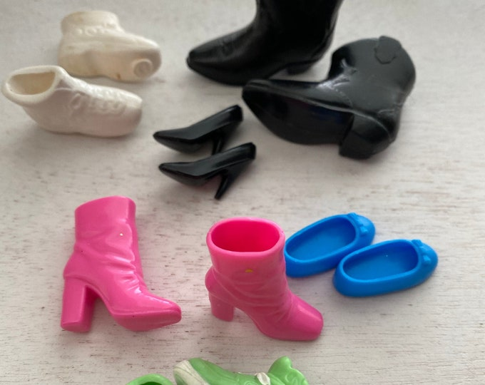 Fashion Doll Barbie, Shoes, Sneakers, Slips Ons, Cowboy Boots, Etc, 5 pair Set #5, Doll Shoe Set, Fashion Doll Accessories