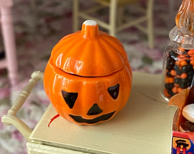 Miniature Jack O Lantern Cookie Jar, Ceramic Pumpkin, Dollhouse Miniature, 1:12 Scale, Dollhouse Accessory, Holiday Decor
