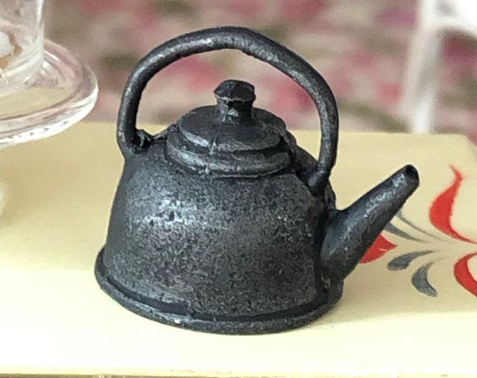 Miniature Tea Kettle, Black Cast Iron Look Tea Pot, Mini Tea Kettle Vintage Look, Dollhouse Miniature, 1:12 Scale, Dollhouse Accessory
