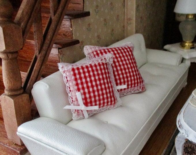 Miniature Pillows, 2 Piece Set, Red And White Gingham Lace Trimmed Pillows, Dollhouse Miniature, 1:12 Scale, Dollhouse Decor
