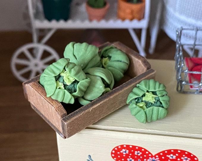 Miniature Lettuce and Wood Crate Set, 7 Pieces, Mini Wood, Dollhouse Miniature, 1:12 Scale, Mini Wood Crate & Lettuce, Dollhouse Decor