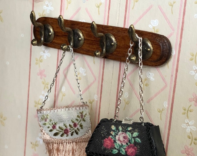 Miniature Wall Coat Rack With Hooks, Wood Rack, Dollhouse Miniature, 1:12 Scale, Dollhouse Decor, Accessory, Crafts, Mini Rack