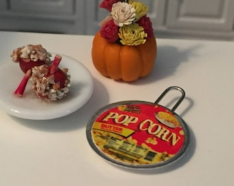 Miniature Popcorn, Stove Top Popcorn, Dollhouse Miniature, Miniature Food, Dollhouse Accessory, Dollhouse Food, Crafts, Embellishment