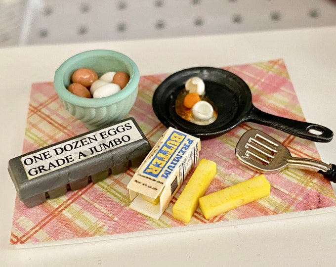 Miniature Making Breakfast Set, Eggs, Butter, Spatula and Pan, Dollhouse Miniatures, 1:12 Scale, Dollhouse Food, Miniature Food