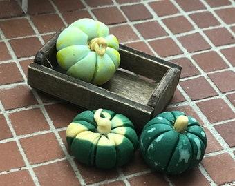 Miniature Pumpkins & Gourds in Wood Crate, Green Pumpkins, Dollhouse Miniature, 1:12 Scale, Dollhouse Accessory, Fall Decor, Crafts
