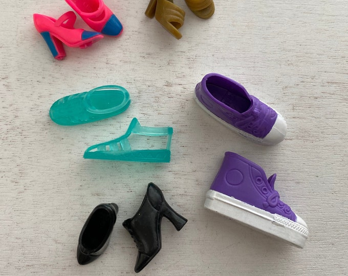 Fashion Doll Barbie, Shoes, Sneakers, Slips Ons, Sandals, Etc,  5 Pair Set #4, Doll Shoe Set, Fashion Doll Accessories