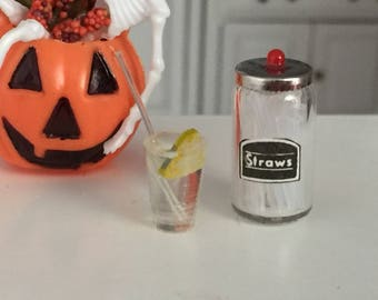 Miniature Straw Container and Filled Glass With Lemon and Straw, Dollhouse Miniature, 1:12 Scale, Dollhouse Decor, Accessory, Crafts