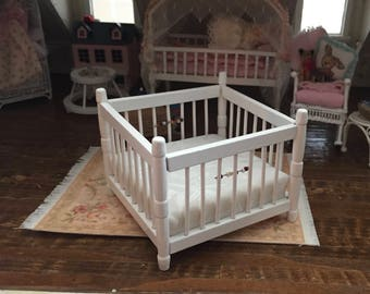 Miniature White Playpen, Dollhouse Miniature Furniture, 1:12 Scale, Dollhouse Nursery Decor, Miniature, Dollhouse Accessory