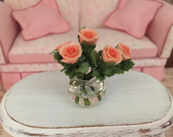 Miniature Coral Roses in Glass Look Vase, Dollhouse Miniature, 6 Coral Roses With Leaves, 1:12 Scale Miniature, Mini Roses in Vase