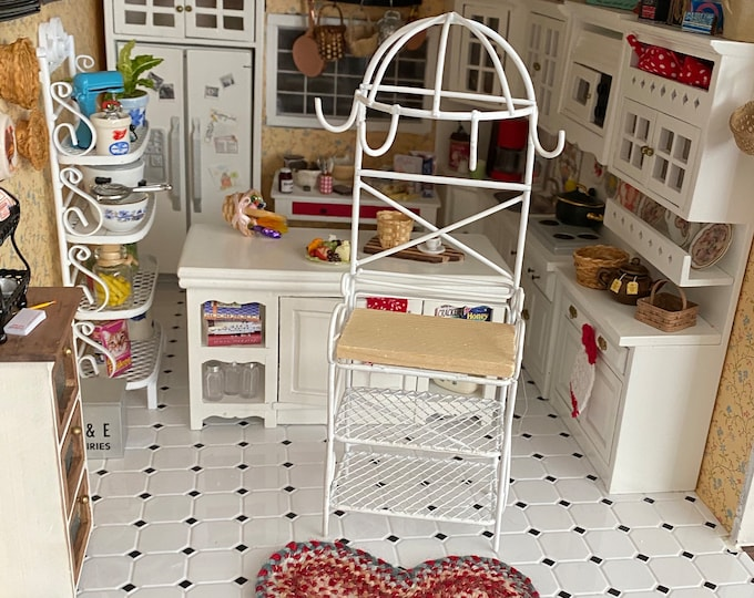 Miniature Kitchen Rack, White Metal Rack, Dollhouse Miniature Furniture, 1:12 Scale, Dollhouse Kitchen Rack With Shelves &  Pot Hooks,