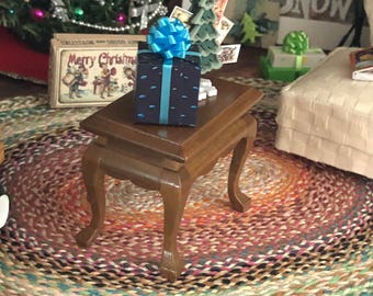 Miniature End Table, Walnut Wood Side Table #04, Dollhouse Miniature, 1:12 Scale, Dollhouse Furniture, Dollhouse Decor, Mini Table