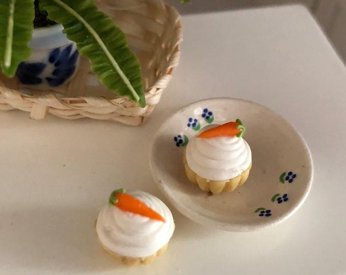 Miniature Cupcakes, Carrot Cake Cupcakes, Set of 2, Dollhouse Miniatures, 1:12 Scale, Dollhouse Food, Miniature Play Food, Crafts