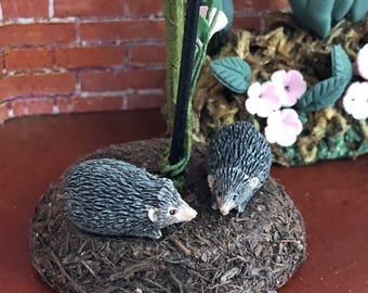 Miniature Hedgehog Figurines, Set of 2, Mini Hedge Hogs, Dollhouse Miniatures, 1:12 Scale, Dollhouse Decor, Topper, Shelf Sitter