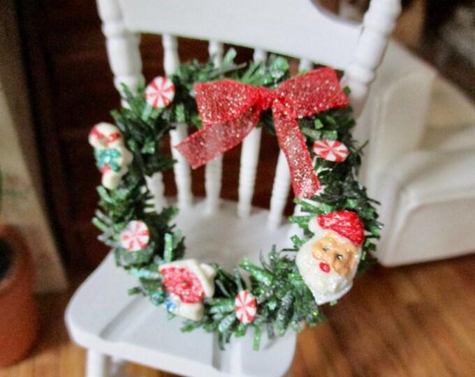 Miniature Holiday Wreath, Mini Decorated Christmas Wreath, Dollhouse Miniature, 1:12 Scale, Dollhouse Decor, Holiday Accessory
