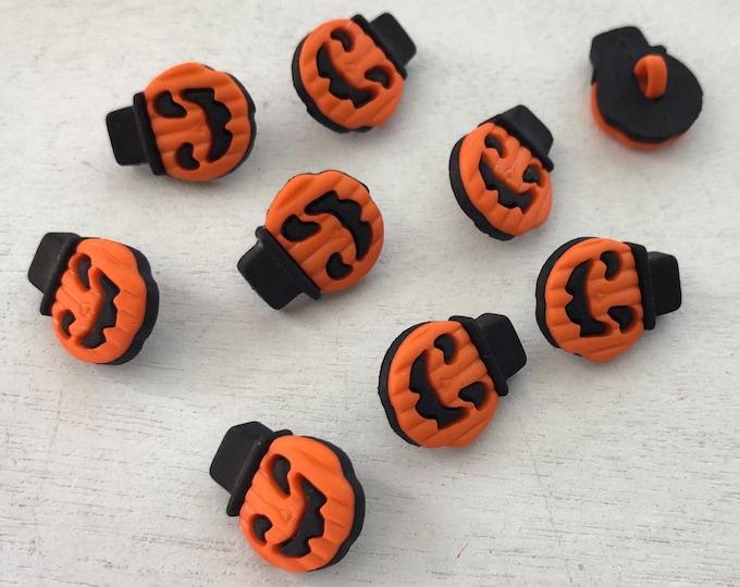 Halloween Buttons, Little Jack O Lantern Pumpkin Buttons by Buttons Galore, Shank Back Pumpkin Buttons, Style 4540, Halloween Themed Buttons