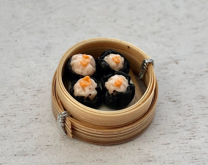 Miniature Sushi Rolls in Dim Sum Tray, Miniature Food, Dollhouse Miniature, 1:12 Scale, Mini Food, Dollhouse Accessory, Decor, Crafts