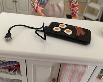 Miniature Griddle with Eggs and Bacon, Dollhouse Miniature, 1:12 Scale, Mini Griddle, Miniature Breakfast Food, Dollhouse Accessory