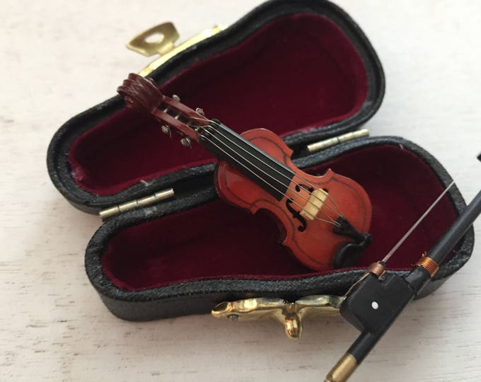 Miniature Viola with Case, Mini Violin,  2 Inches Tall, Mini Accessory, Decor, Topper, Crafts