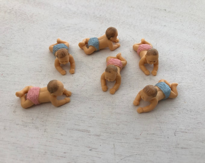 Miniature Babies, Set of 6 Crawling, Plastic Babies, Great for Crafts, Toppers, Embellishments