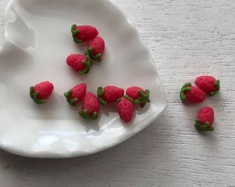 Miniature Strawberries, 12 Piece Set,  Dollhouse Miniature Food, 1:12 Scale, Dollhouse Accessories, Decor, Mini Fruit, Pretend Food