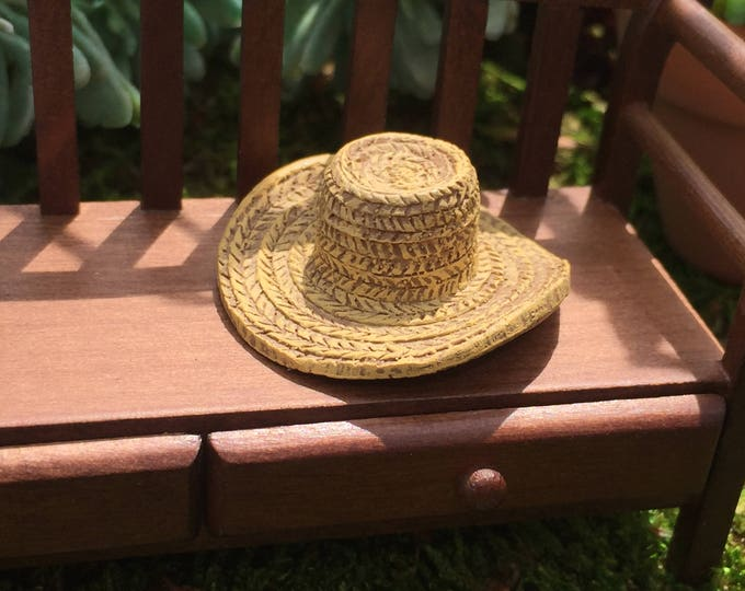 Miniature Hat, Garden Straw Look Hat, Dollhouse Miniature, Miniature Garden, Fairy Garden Accessory, Mini Poly Resin Straw Hat, #8608