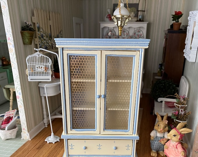 Miniature Hutch, Blue & Cream 2 Door Painted Hutch Cabinet with Bottom Drawer, Dollhouse Miniature, 1:12 Scale, Dollhouse Furniture