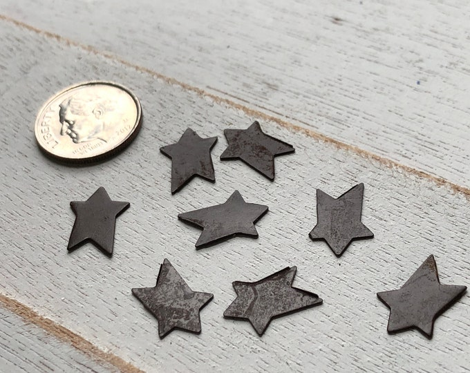 Miniature Tin Stars, Packaged Set of 8 Pieces, Rusty Look Mini Stars