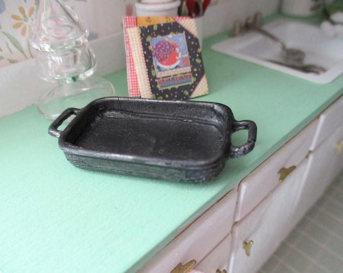 Miniature Roasting Pan, Black Cast Iron Look Rectangle Pan, Style #90, Dollhouse Miniature, 1:12 Scale, Dollhouse Kitchen Accessory