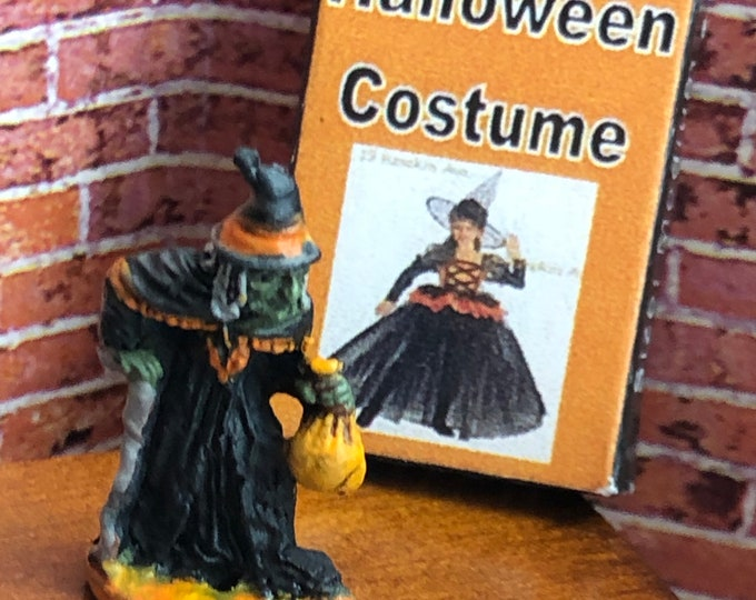 Miniature Witch Figurine, Mini Witch Statuette, Knick Knack, Halloween Decor, Dollhouse Miniature, 1:12 Scale, Dollhouse Accessory