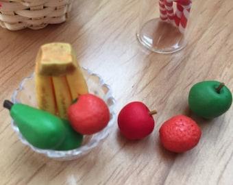 Miniature Fruit, 7 Pieces, Dollhouse Food, Miniature Food, Dollhouse Scale Food, 1:12 Scale, Pears, Bananas, Apples, Mini Food, Decor