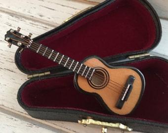Miniature Guitar with Case, Miniature Music, Mini Accessory, Decor, Mini Guitar, Instrument, 2.5 Inch Mini Guitar