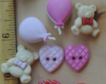 """Romantic Buttons, Package Novelty Button Assortment by Buttons Galore, """"Love You Beary Much"""" Style 4319, Bear, Balloons, Hearts, Valentine"""