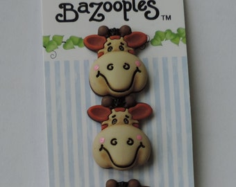 """Giraffe Buttons, """"Gertrude the Giraffe"""" Carded Novelty Buttons by Buttons Galore, Shank Back Buttons, Set of 3"""