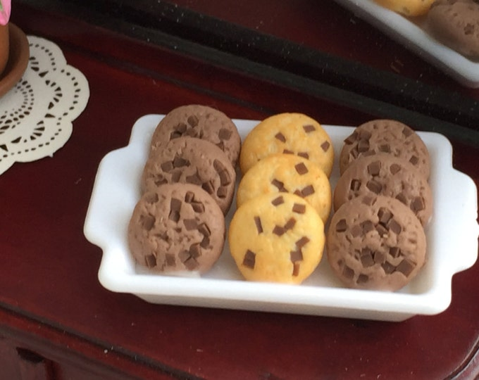 Miniature Chocolate Chip Cookies on Tray, Dollhouse Miniature, 1:12 Scale, Dollhouse Food, Mini Food, Cookies, Decor
