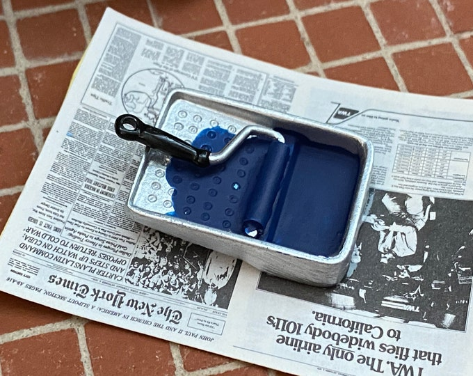 Miniature Paint, Paint Roller and Pan on Newspaper, Dollhouse Miniature, 1:12 Scale, Dollhouse Decor, Accessory, Crafts, Mini Paint Roller